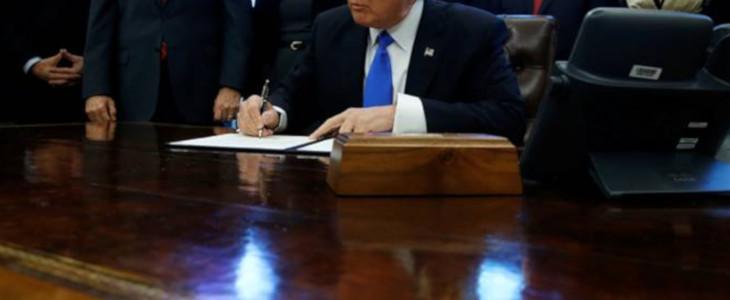 Kaufvertrag unterschrieben